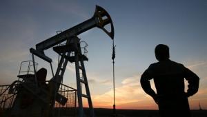 crude-oil-extraction-e1439318146447