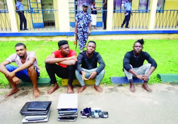 Yahoo Boys Scam Foreigner Of €15,000, Victim Travels Down To Arrest Them In Nigeria